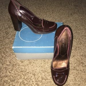 Nine West Chic Wine Loafers!